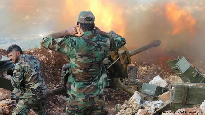 Đầu não Khmeimim bị tấn công, phòng không Nga khai hỏa - Syria đánh chặn tên lửa Israel - Ảnh 1.