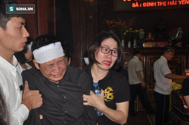 Đám tang đẫm nước mắt của nữ nhân viên nhà hát kịch bị xe Mercedes đâm tử vong ở hầm Kim Liên - Ảnh 20.