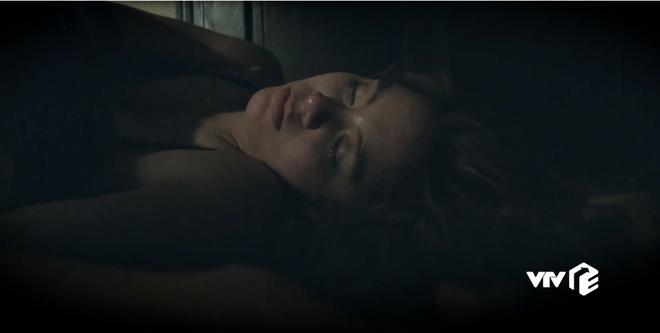 Phim Mê cung tập 3: Doãn Quốc Đam bệnh hoạn, chảy nước miếng khi thấy thiếu nữ trẻ đẹp - Ảnh 3.