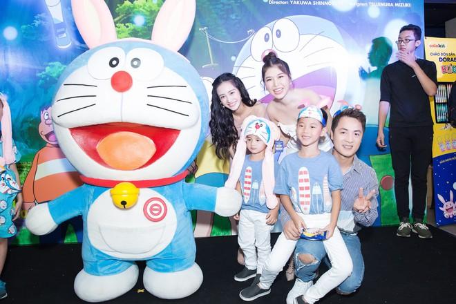 Jun Vũ và dàn nghệ sĩ Việt dự công chiếu phim Doraemon - Ảnh 2.
