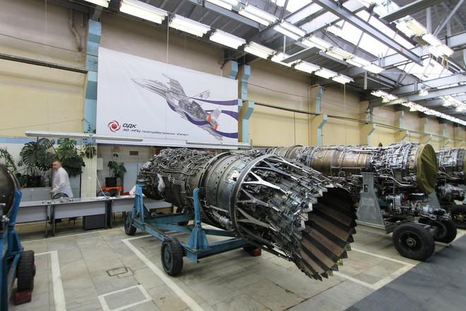 Chuyện bất thường gì đang xảy ra với siêu tiêm kích Su-57 của Nga? - Ảnh 2.