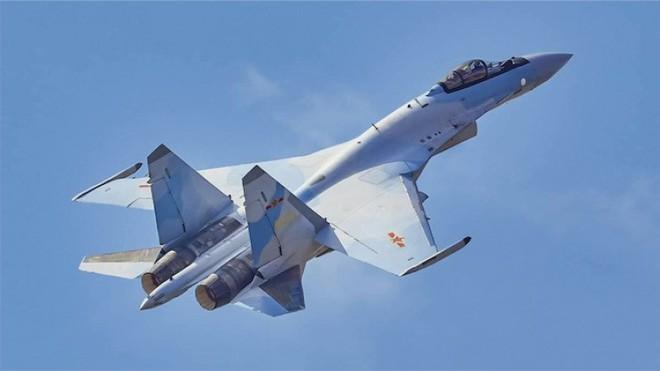Chuyên gia ngỡ ngàng: Tiêm kích thế hệ 5 Su-57 rẻ giật mình, bèo hơn cả Su-35 Trung Quốc - Ảnh 2.
