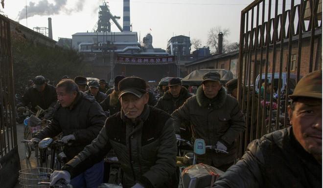 Một lãnh đạo TQ bất ngờ thừa nhận kịch bản tăng trưởng GDP bốc hơi 1%: Thảm họa cho Bắc Kinh? - Ảnh 2.