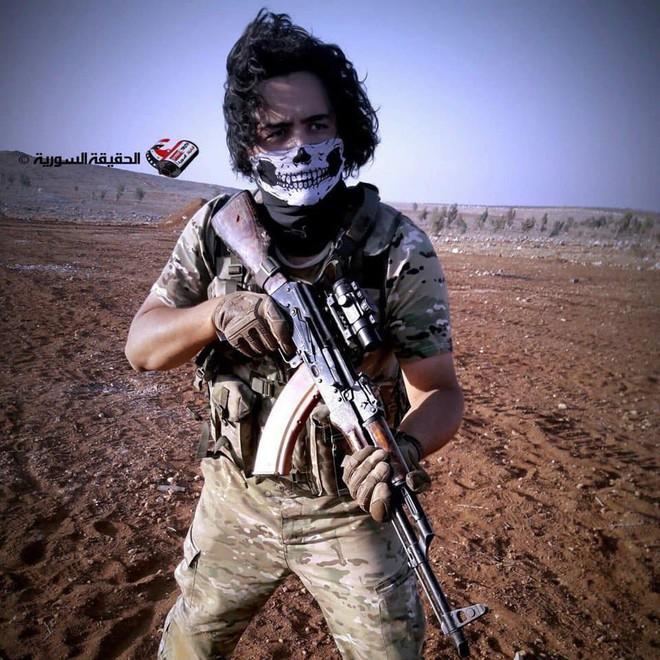 Phiến quân Syria nguy cấp ở Hama: Siêu chiến binh và vũ khí nhiệt áp cũng không cứu nổi - Ảnh 7.