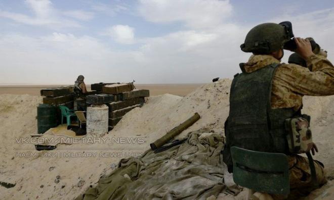 Phiến quân phản kích, hàng đàn xe bom tự sát xông lên - QĐ Syria thua nặng ở Kabani - Ảnh 12.