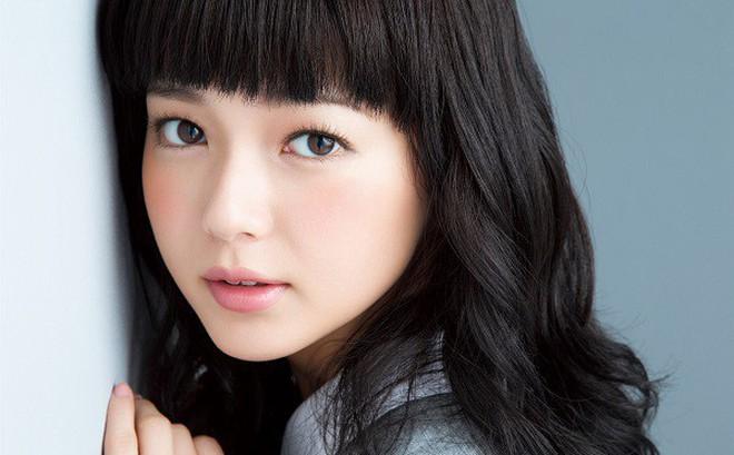 Bài mát xa Korugi nổi tiếng của người Nhật giúp khuôn mặt trẻ lâu: Nam nữ đều nên thử