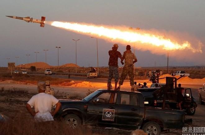 Chỉ có ở chiến trường Lybia: Tên lửa phòng không Pechora được sử dụng để... đánh đất - Ảnh 2.