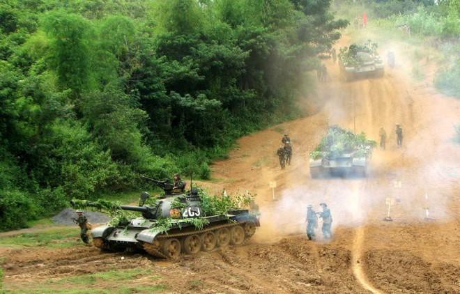 Đêm ra chốt giữa hai làn đạn, lính tình nguyện Việt Nam suýt tiếp đạn cho quân Polpot - Ảnh 2.