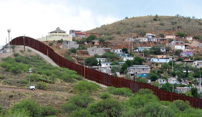 Chuyện ít biết về khủng hoảng di cư Mỹ: Bài 1 - Sự điên rồ nơi biên giới Mỹ - Mexico - Ảnh 5.