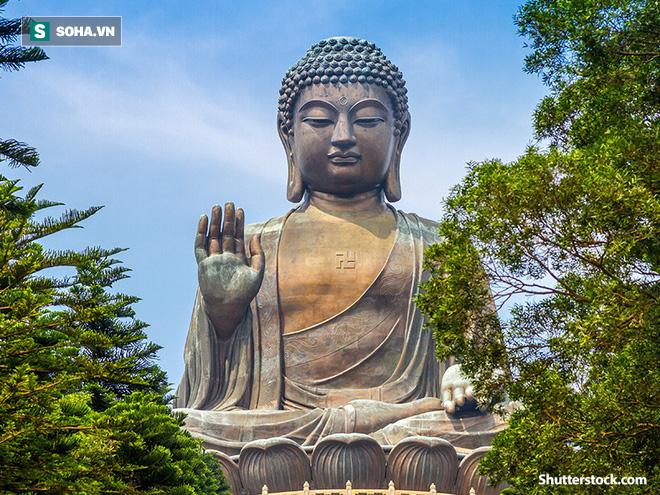 Lý do việc Đức Phật hướng lòng bàn tay ra ngoài và 4 cách để có cuộc sống vô ưu - Ảnh 1.