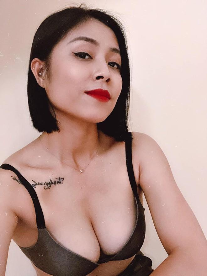 MC Hoàng Linh khoe thân hình sexy ở tuổi 34 - Ảnh 2.
