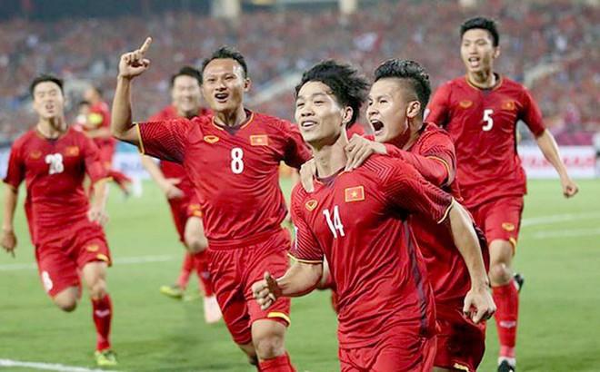 HLV Park Hang-seo toan tính gì tại King's Cup?