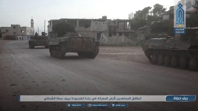 Khủng bố tổ chức phản công lớn tại Tây Bắc Syria: Tín hiệu không kích của Mỹ hiệu quả? - Ảnh 6.