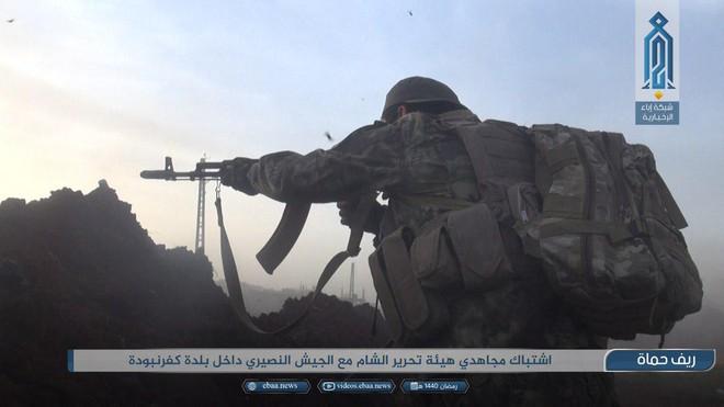 Khủng bố tổ chức phản công lớn tại Tây Bắc Syria: Tín hiệu không kích của Mỹ hiệu quả? - Ảnh 12.