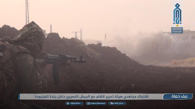 Khủng bố tổ chức phản công lớn tại Tây Bắc Syria: Tín hiệu không kích của Mỹ hiệu quả? - Ảnh 13.