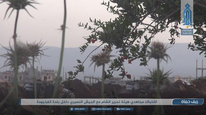 Khủng bố tổ chức phản công lớn tại Tây Bắc Syria: Tín hiệu không kích của Mỹ hiệu quả? - Ảnh 14.
