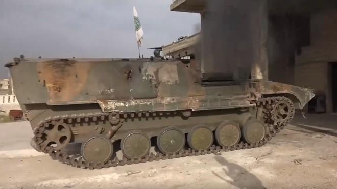 Khủng bố tổ chức phản công lớn tại Tây Bắc Syria: Tín hiệu không kích của Mỹ hiệu quả? - Ảnh 19.