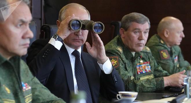Học giả Anh: Trò chơi của ông Putin không phải cờ vua, mà là judo - Phương Tây liệu có cửa thắng? - Ảnh 2.