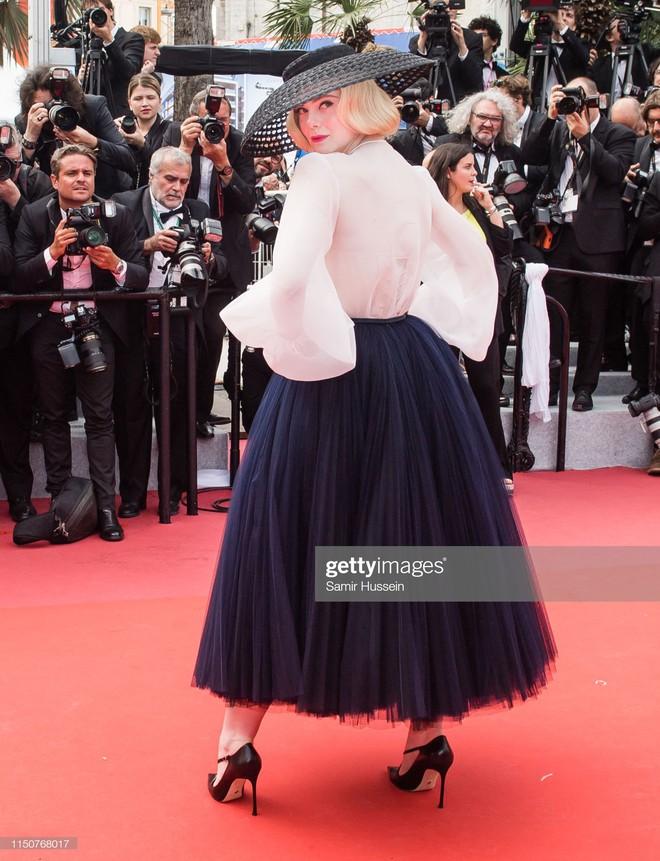 Thảm đỏ Cannes nóng lên từng phút: Brad Pitt - Leonardo lịch lãm ná thở, Chương Tử Di khoe vòng một giành spotlight - Ảnh 11.