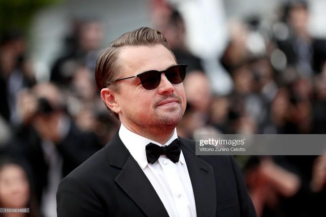 Cannes ngày 7: Mỹ nhân Ý khoe vòng 1 nhức mắt, dàn người mẫu Hollywood tung chiêu hết cỡ tại thảm đỏ - Ảnh 1.
