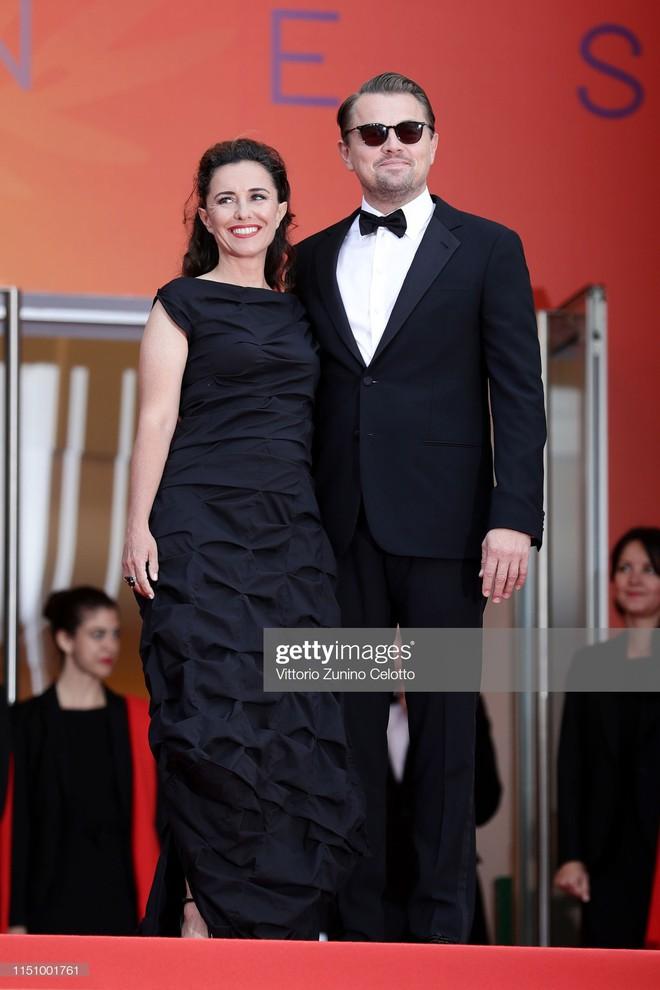 Cannes ngày 7: Mỹ nhân Ý khoe vòng 1 nhức mắt, dàn người mẫu Hollywood tung chiêu hết cỡ tại thảm đỏ - Ảnh 2.