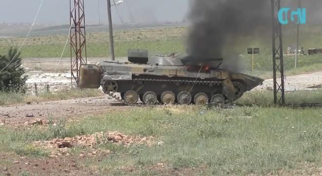 Phiến quân sập bẫy, mò trúng bãi mìn của QĐ Syria - Thương vong khủng khiếp trong chớp mắt - Ảnh 3.