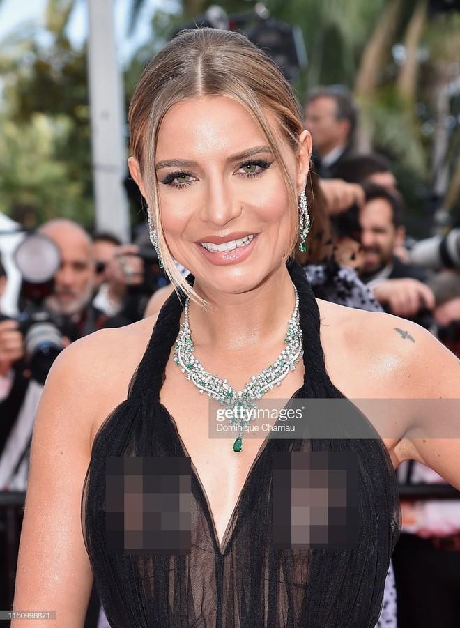 Cannes ngày 7: Mỹ nhân Ý khoe vòng 1 nhức mắt, dàn người mẫu Hollywood tung chiêu hết cỡ tại thảm đỏ - Ảnh 3.