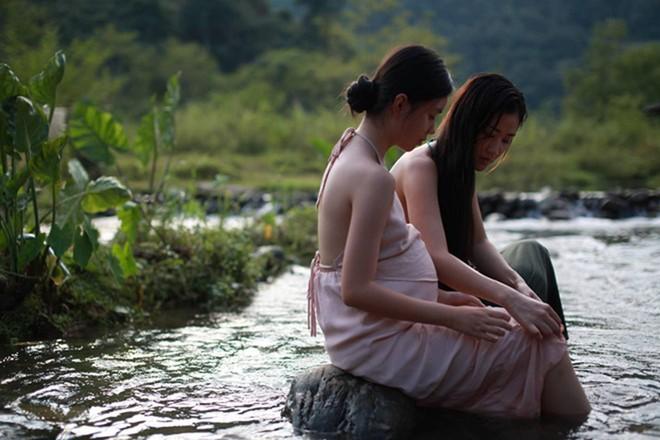 Sau Mỹ, đến lượt báo Hàn đưa tin vụ Vợ Ba dừng chiếu vì cảnh 18+ gây sốc của thiếu nữ 13 tuổi - Ảnh 5.