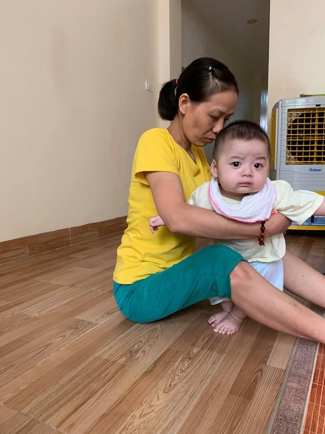 Thêm một người mẹ bị ung thư vẫn cố sinh con: Ngày con chào đời là ngày mẹ mù vĩnh viễn - Ảnh 1.