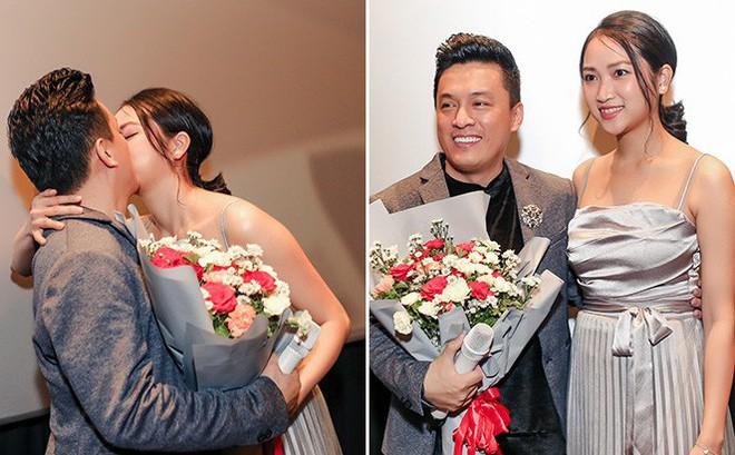 Lam Trường ôm hôn bà xã tình cảm giữa tin đồn hôn nhân trục trặc