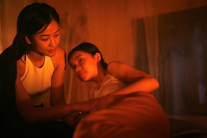Bộ trưởng Lao động: Để bé gái 13 tuổi đóng phim Vợ ba là sai cả tình và lý - Ảnh 2.