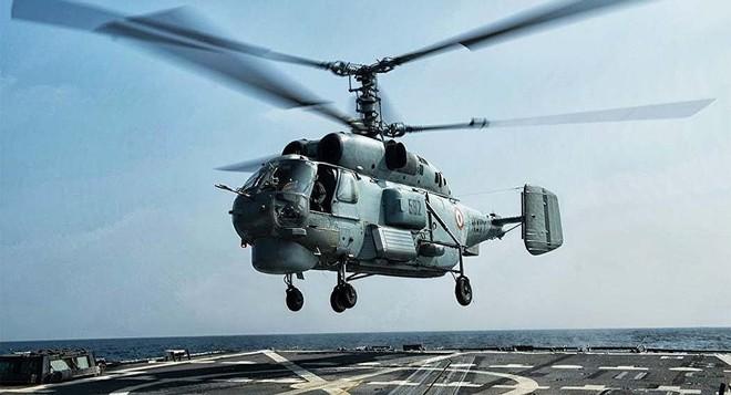 Chỉ có ở Syria: Trực thăng săn ngầm Ka-28 ném bom tấn công mặt đất - Ảnh 2.