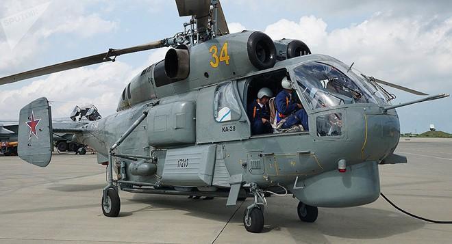 Chỉ có ở Syria: Trực thăng săn ngầm Ka-28 ném bom tấn công mặt đất - Ảnh 3.