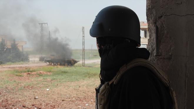 PV Anh trang bị như đặc nhiệm phiến quân bị phục kích ở Syria: Tận thấy sự khủng khiếp? - Ảnh 3.