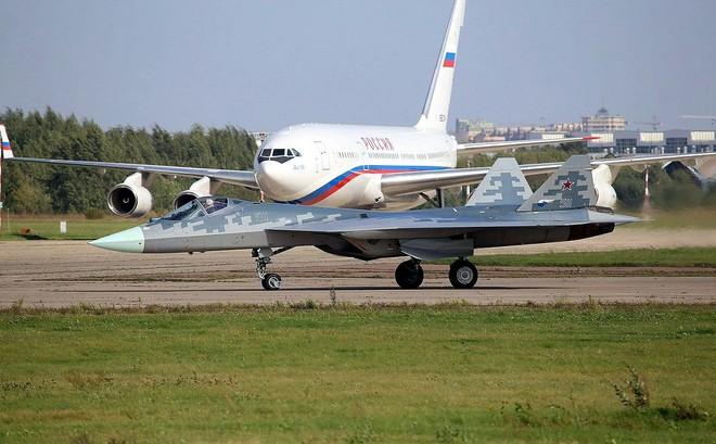Tối hậu thư Gấu Nga gửi tới Mỹ và NATO: Nếu muốn gây chiến hãy nhớ tới 76 máy bay Su-57! - Ảnh 4.