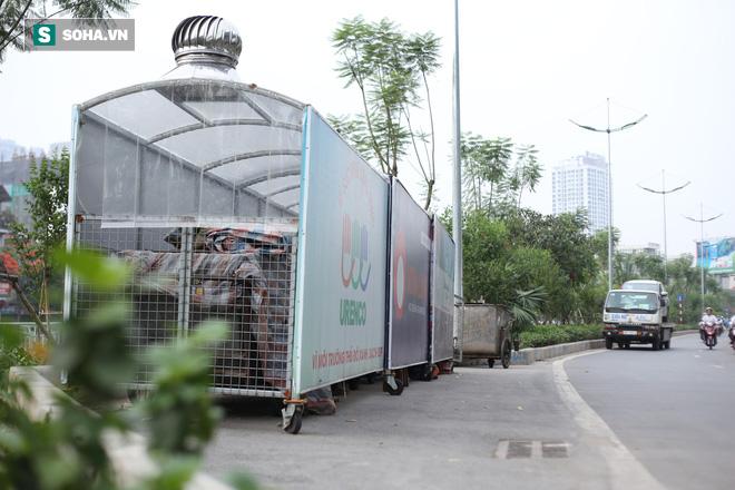 """""""Nhà chờ"""" dành riêng cho xe rác xuất hiện trên nhiều tuyến phố Hà Nội - Ảnh 3."""