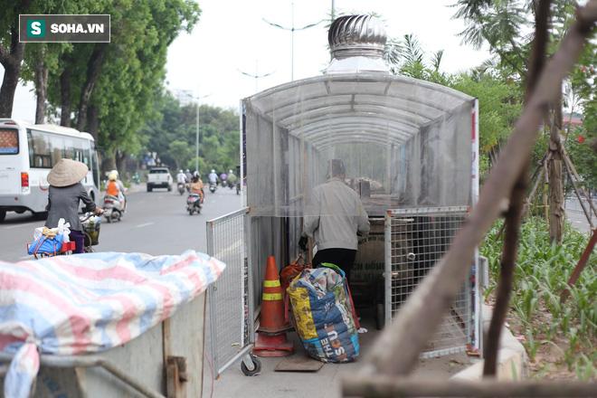 """""""Nhà chờ"""" dành riêng cho xe rác xuất hiện trên nhiều tuyến phố Hà Nội - Ảnh 7."""