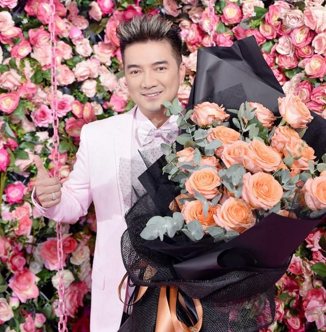 Kim Lý vui vẻ nhìn Hồ Ngọc Hà chụp ảnh tình tứ với bạn thân - Ảnh 7.