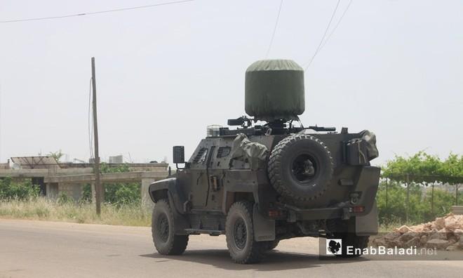 QĐ Syria đánh mạnh và dồn dập - Thổ Nhĩ Kỳ lo sợ, tung hàng nóng phòng thân - Ảnh 3.