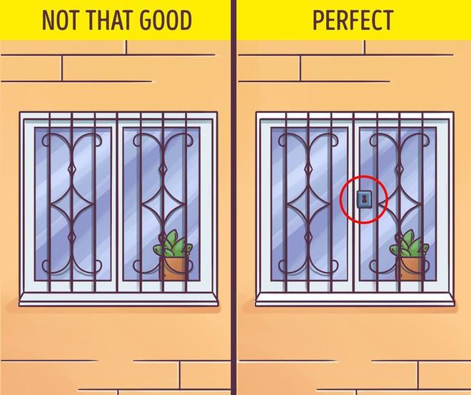 Những mẹo nhỏ khi bạn vắng nhà để tránh kẻ trộm ghé thăm - Ảnh 3.