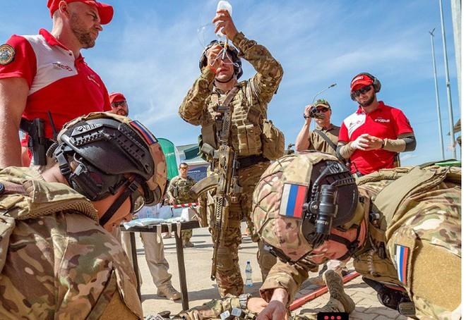Quy trình huấn luyện chống khủng bố khắc nghiệt của đặc nhiệm Nga - Ảnh 7.