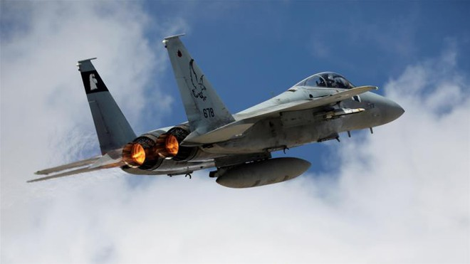 NÓNG: Israel tấn công tên lửa, hệ thống phòng không Syria tan xác - Đã có máu đổ - Ảnh 2.