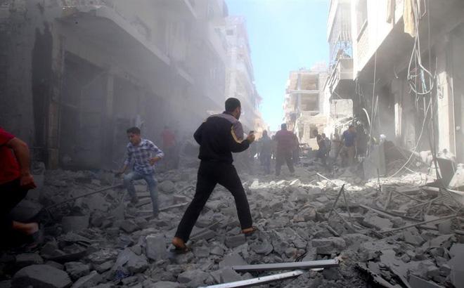 Ồ ạt không kích ác liệt vào Idlib và khu vực Tây Bắc, quân đội Syria đạt mục tiêu mới