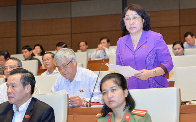 Phó Chủ tịch Thường trực Sơn La nói vụ gian lận điểm thi đang điều tra nên từ chối trả lời