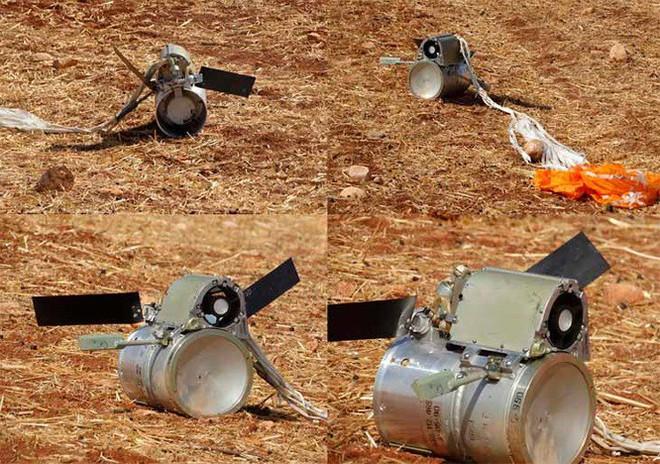 Cận cảnh không quân Nga sử dụng bom chùm diệt tăng ở Syria - Ảnh 2.