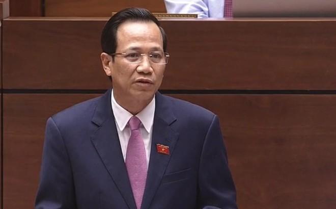 """Bộ trưởng Đào Ngọc Dung: Tăng tuổi nghỉ hưu """"không phải để quan chức giữ ghế"""""""