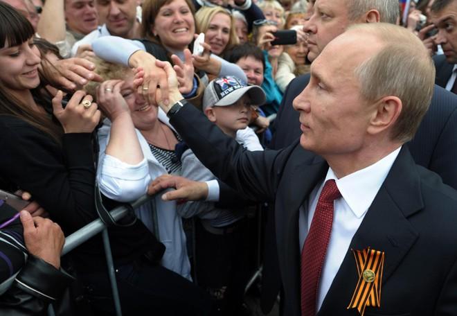 Mức tín nhiệm của người dân Nga dành cho ông Putin tiếp tục chạm đáy thấp kỷ lục, vì sao? - Ảnh 2.