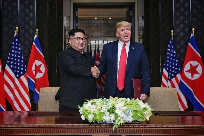 Ông Trump gạt bỏ ông Bolton trong vấn đề Iran và Triều Tiên - Ảnh 2.