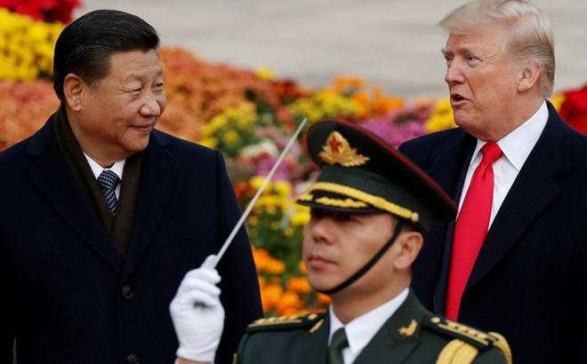 """EU rơi vào """"thế bí"""" trong thương chiến Mỹ-Trung"""
