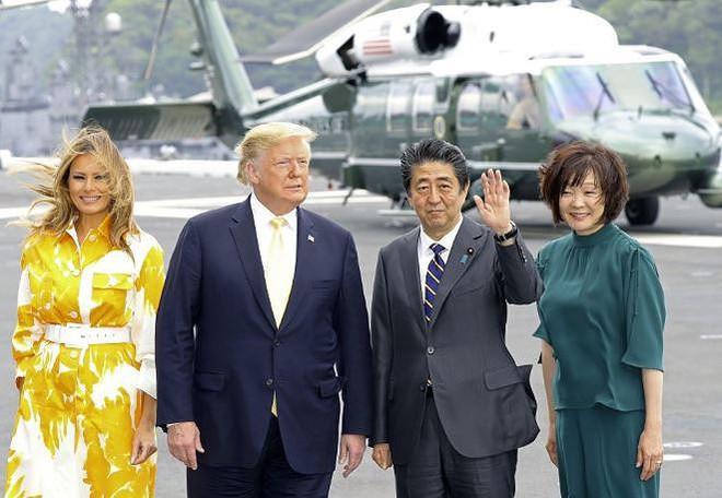 Ông Trump thăm chiến hạm lớn nhất của Nhật, người Trung Quốc sốt vó - Ảnh 3.